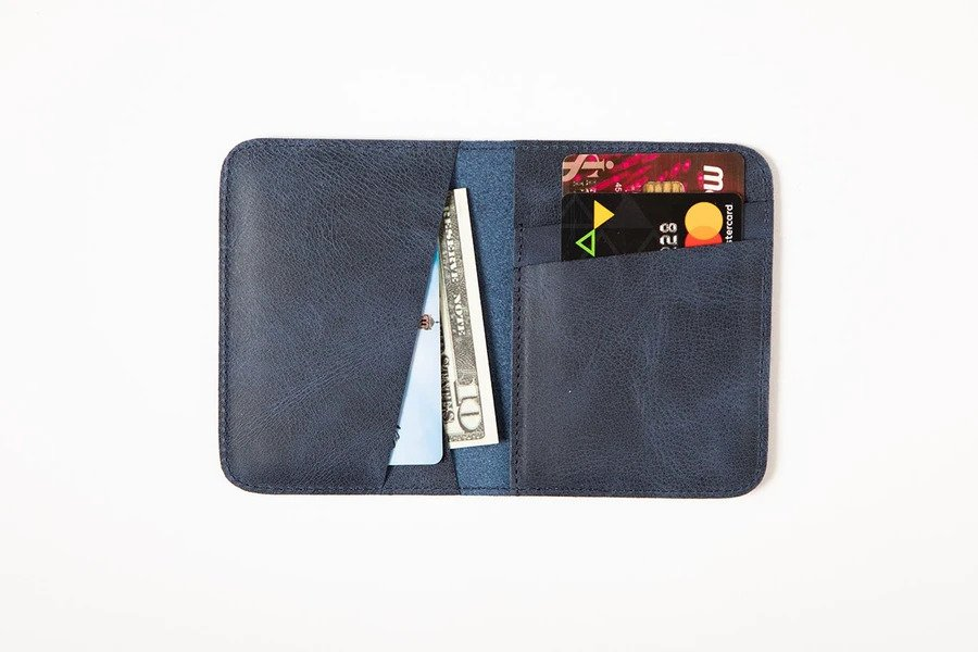 Swiss Wallet Slim and Minimal Mens Leather Wallet 1 - Swiss Wallet - Slim and Minimal Men's Leather Wallet