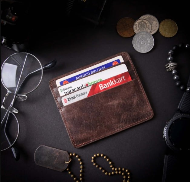customized wallets with name
